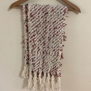 COLDWATER CREEK Long and Soft Scarf